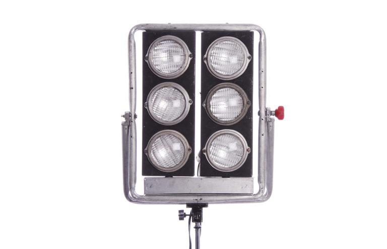 Minibruto 6 luces alquiler