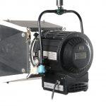 Luz Fresnel QuartzColor 2.000 de Estudio Usada