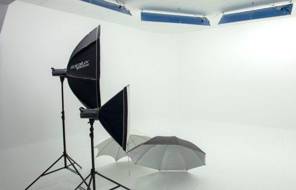 Combo 61 – Estudio pequeño + Kit Flash Elinchrom RX 400 con 2 cabezas