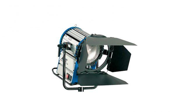Luz ARRI HMI 1.200 Fresnel