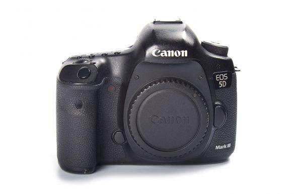 Cámara Canon 5D MK3 usada en venta