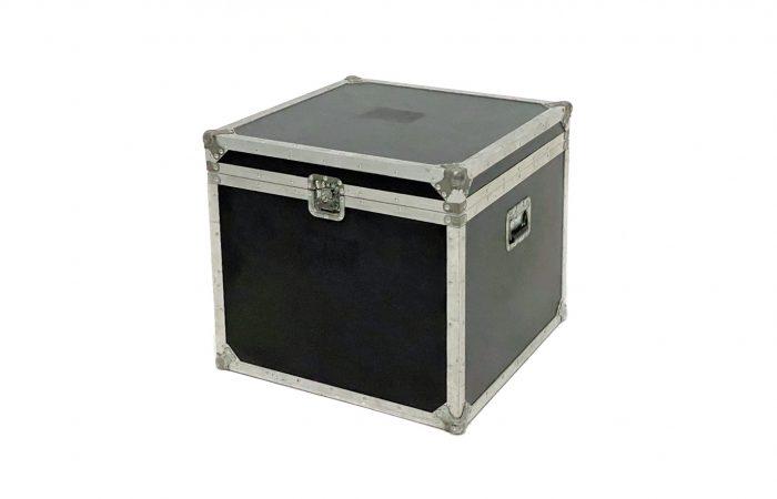 Caja de Herrajes 72x72x 62 venta usada