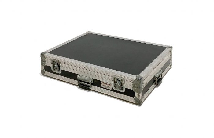 Caja de Herrajes Para Monitor de 24″ venta usada