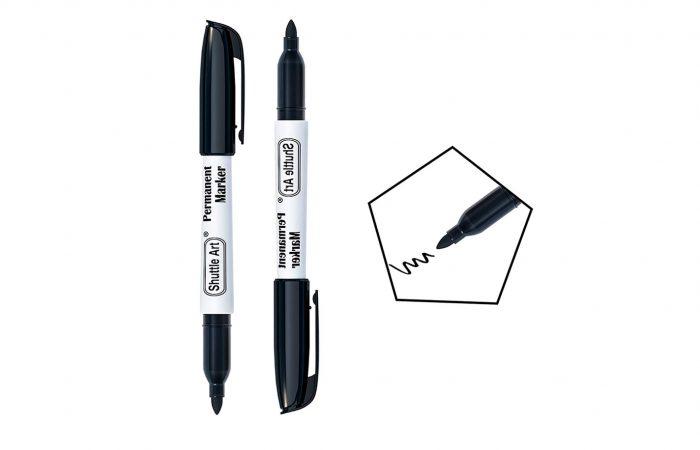 Marcador permanente punta fina color negro